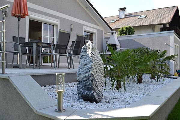quellsteine von hinger home design. Black Bedroom Furniture Sets. Home Design Ideas